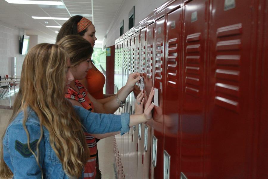 Sharing their faith: Locker style