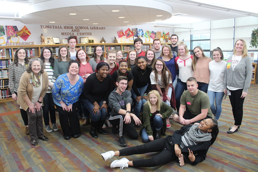 All of the students and teachers who stayed after-school for the read-in.