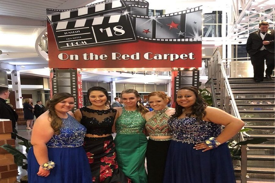 Recapping a night on the red carpet: prom 18