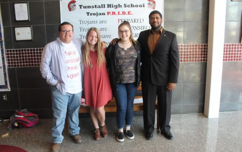 Senior class officers elected