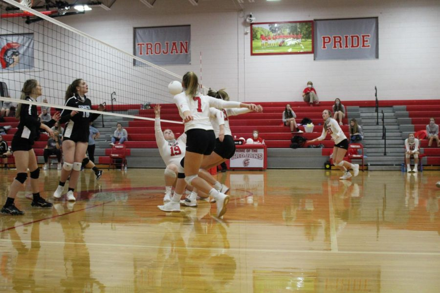 Volleyball opens strong in first home event of 2020-21 school year